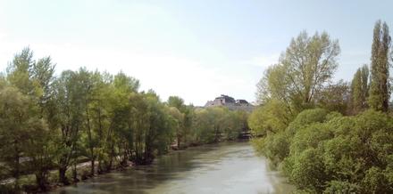 ウィーン市内を流れるドナウ運河(ドナウ本流とは違います)